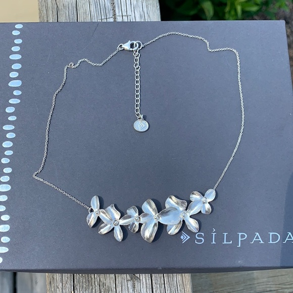 N3242 Silpada Garden Whimsy sterling necklace